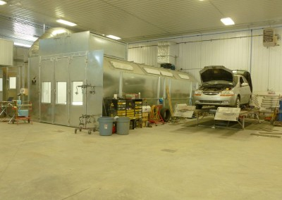 Moose Jaw Collision Repair Centre Shop